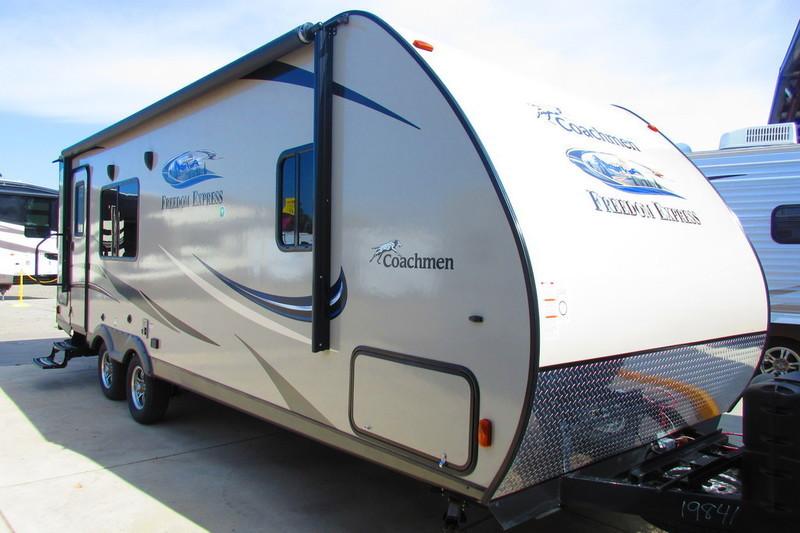 2017 Coachmen Freedom Express 246RKS