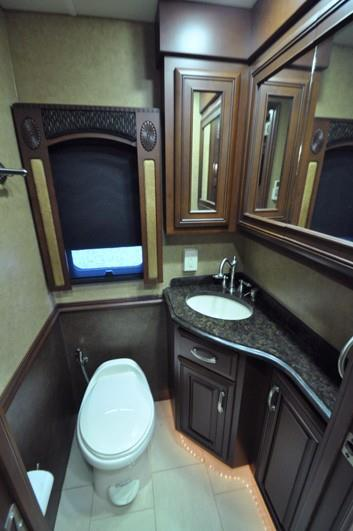 2013 Entegra Coach Cornerstone 45 RBQ, 9