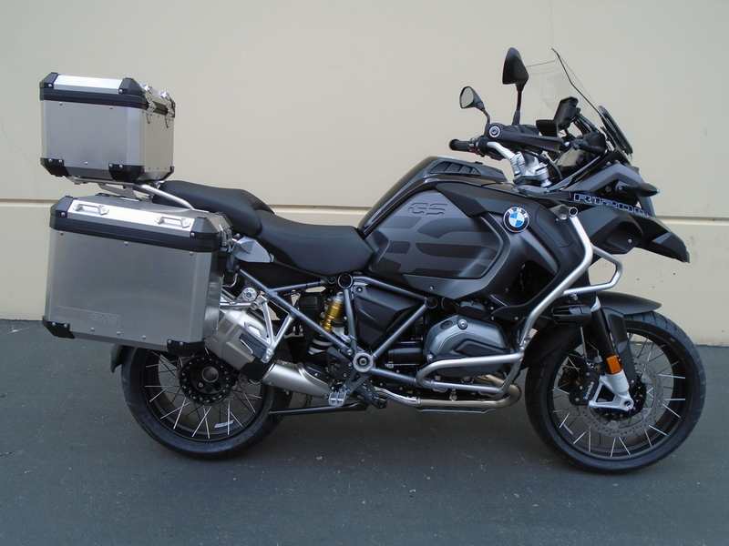 2017 BMW R 1200 GS Adventure Premium Black Storm Met/Dark Slate