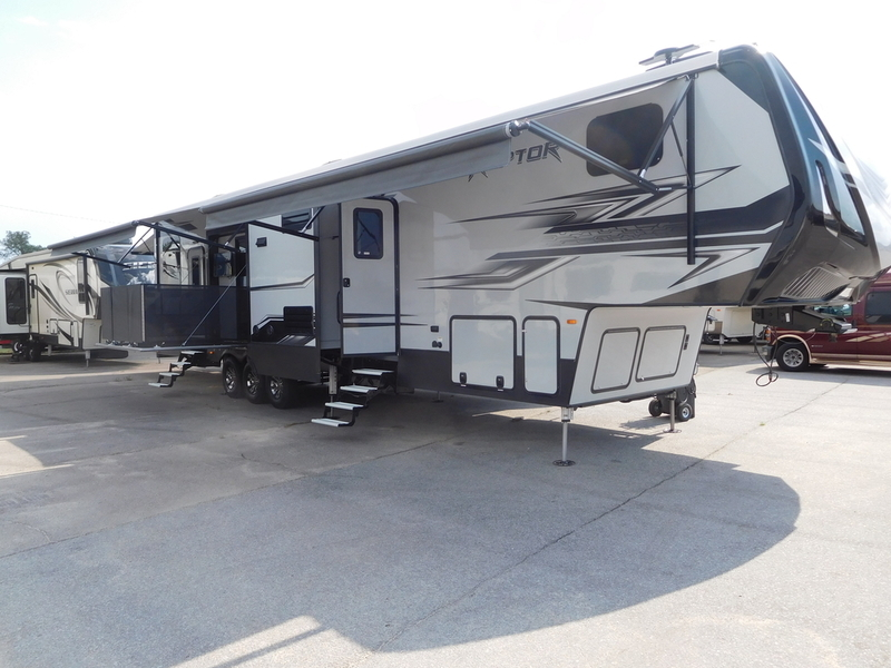 2017 Keystone Rv Raptor 428SP