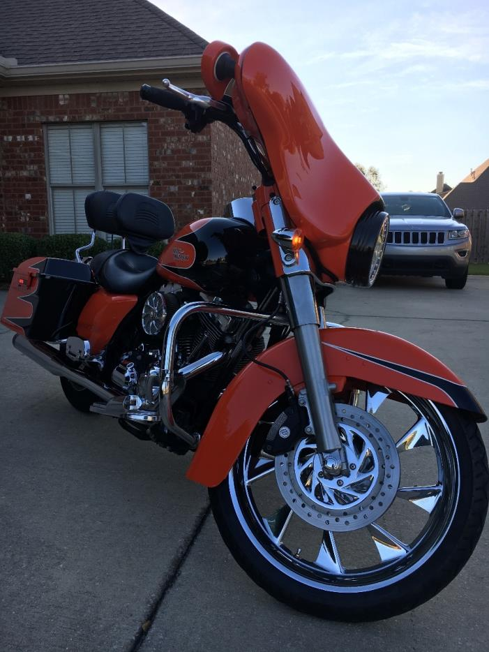 2010 Harley-Davidson STREET GLIDE SPECIAL