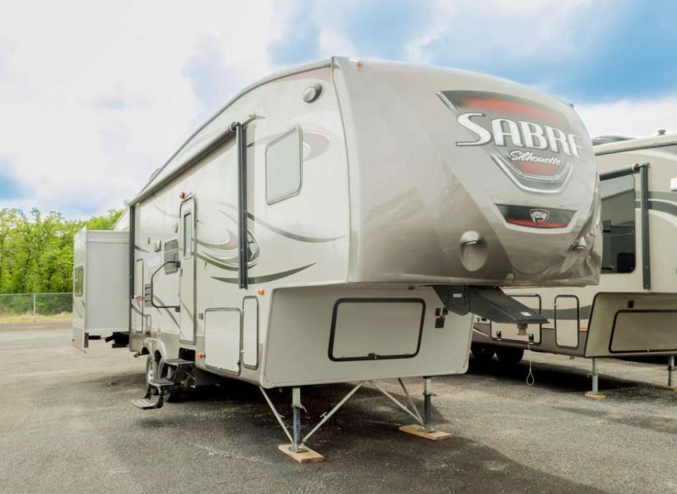 2014 Forest River Sabre RV 320FQDS