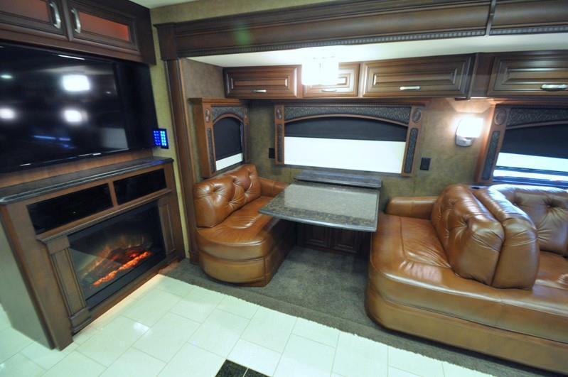 2013 Entegra Coach Cornerstone 45 RBQ, 5