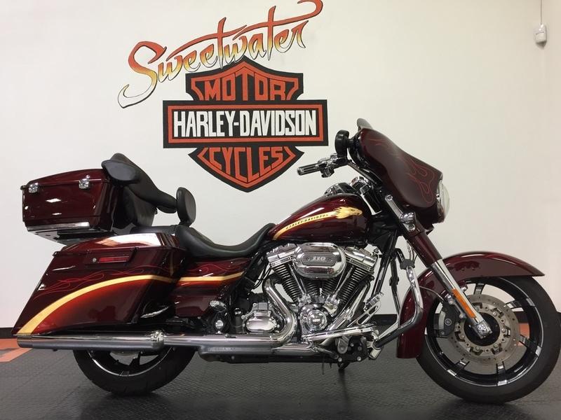 2010 Harley-Davidson FLHXSE - CVO Street Glide