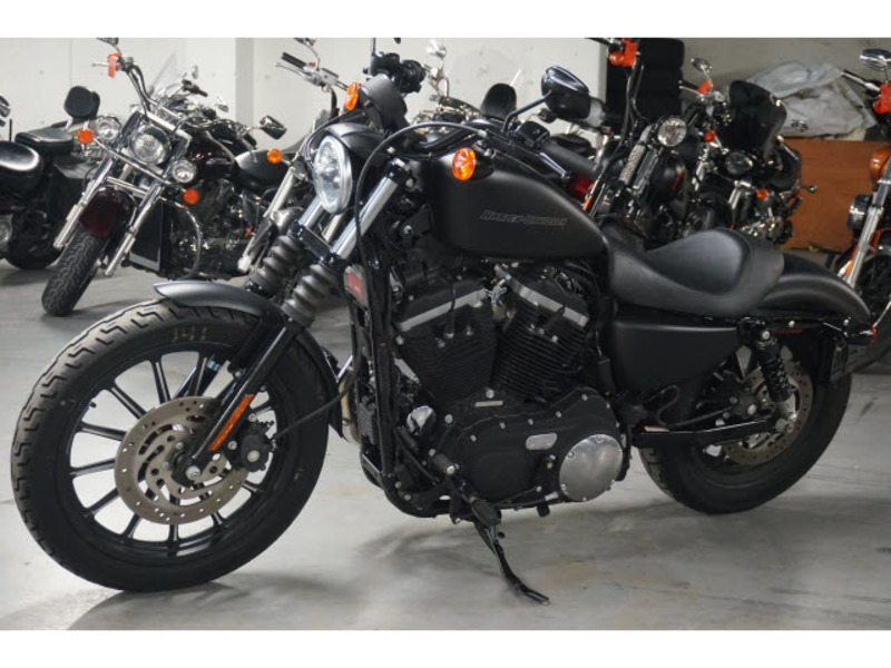 2010 Harley-Davidson XL883N - Sportster Iron 883
