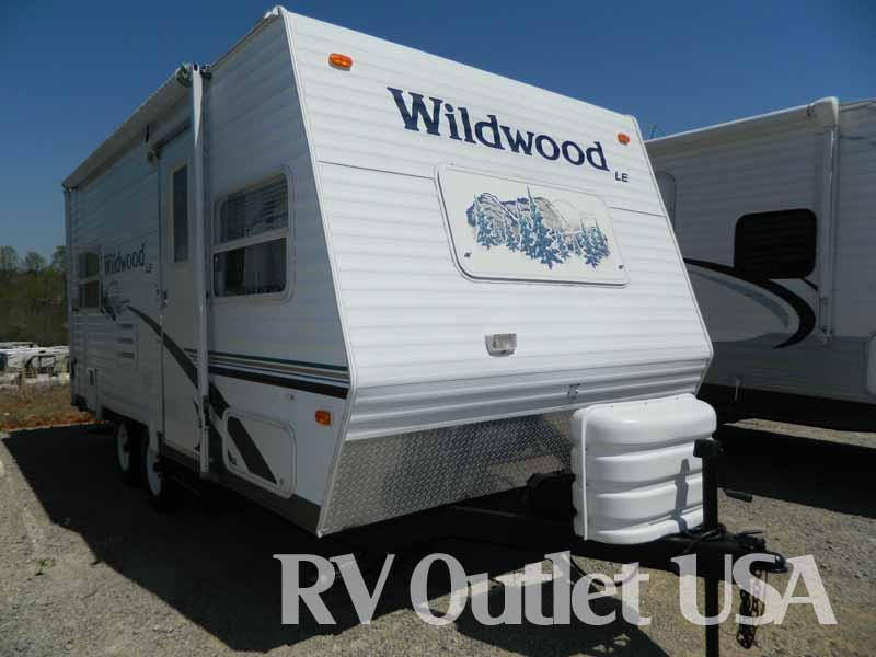 2005 Forest River Wildwood 19FD