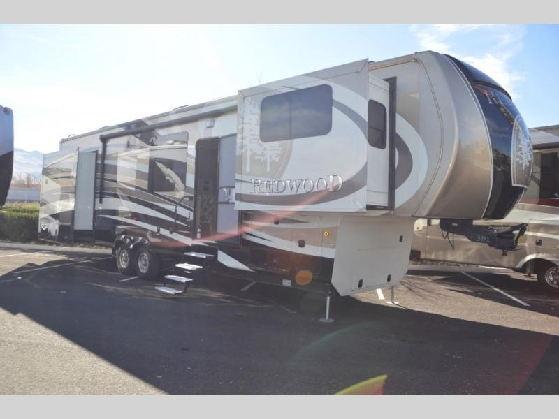 2016 Redwood Redwood 39FL