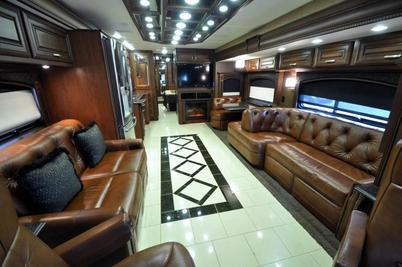 2013 Entegra Coach Cornerstone 45 RBQ, 1