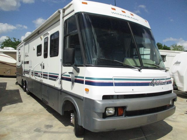 1997 Winnebago Adventurer 37RW