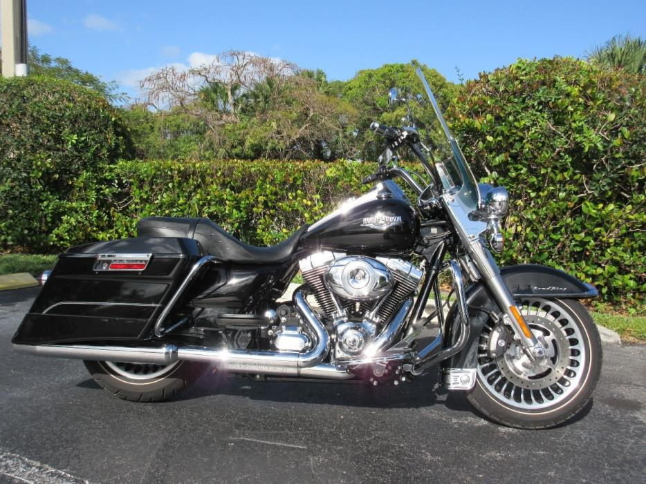 harley road king motorcycles for sale in pompano beach florida. Black Bedroom Furniture Sets. Home Design Ideas