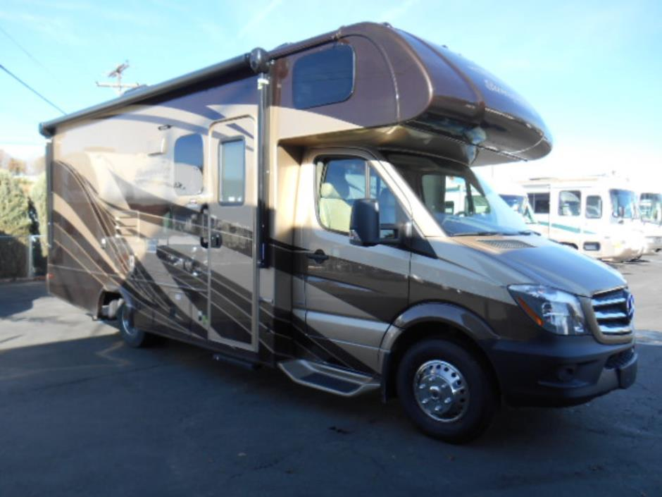 2017 Forest River SUNSEEKER MBS 2400W