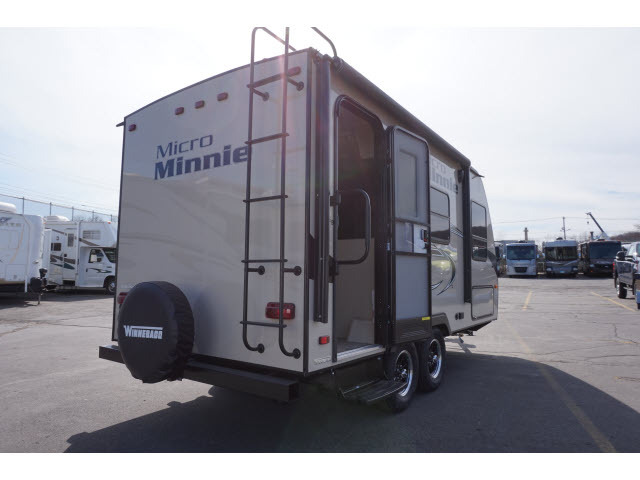 2018 Winnebago 1706fb micro-minnie, 2
