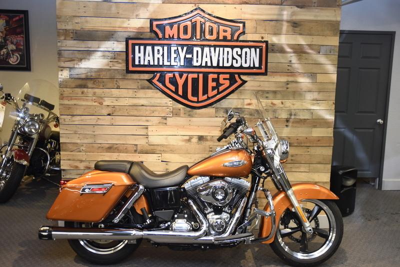 2014 Harley-Davidson FLD - Dyna Switchback