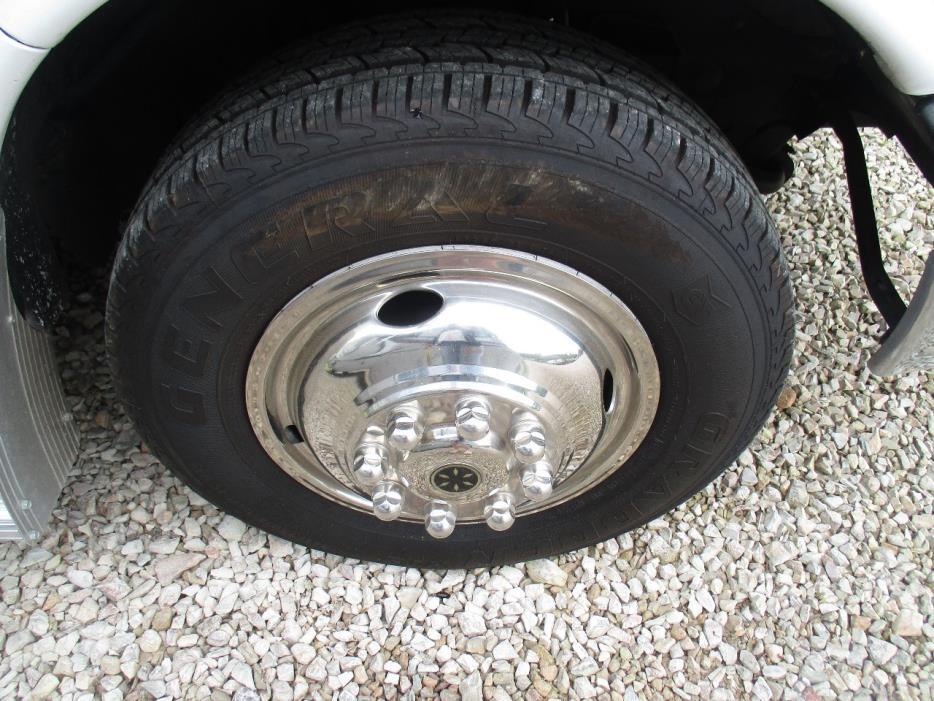 2015 Coachmen FREELANDER 28QB w/2014 Chevy Spark tow car package, 7