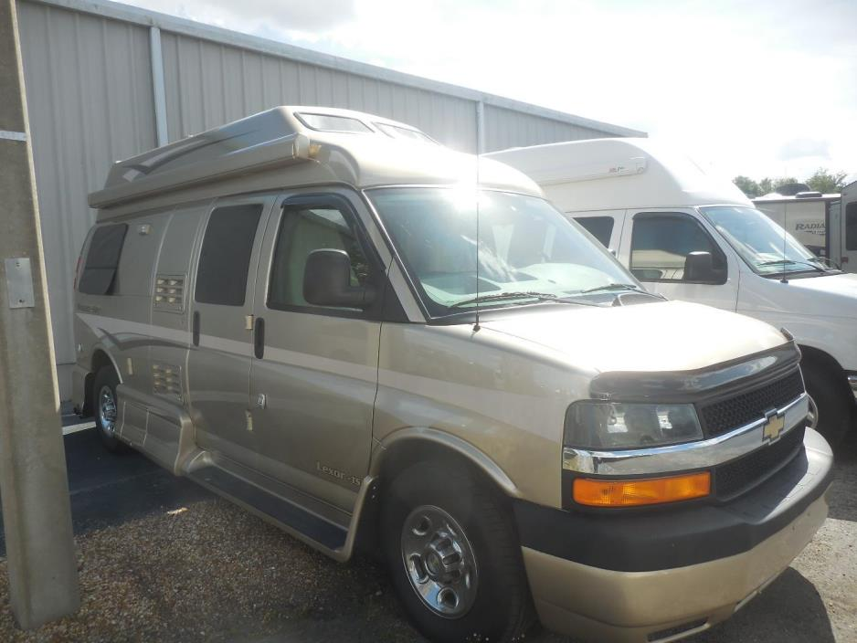 2012 Pleasure-Way LEXOR TS, 2