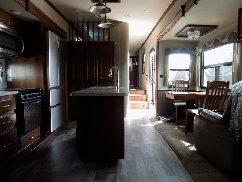 2018 Heartland Bighorn Traveler 39MB