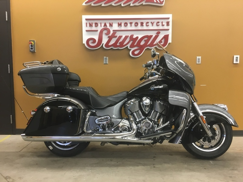 2016 Indian Motorcycle Roadmaster Steel Gray and Thunder Black