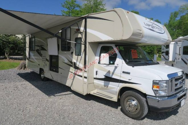 2014 Coachmen Leprechaun 319