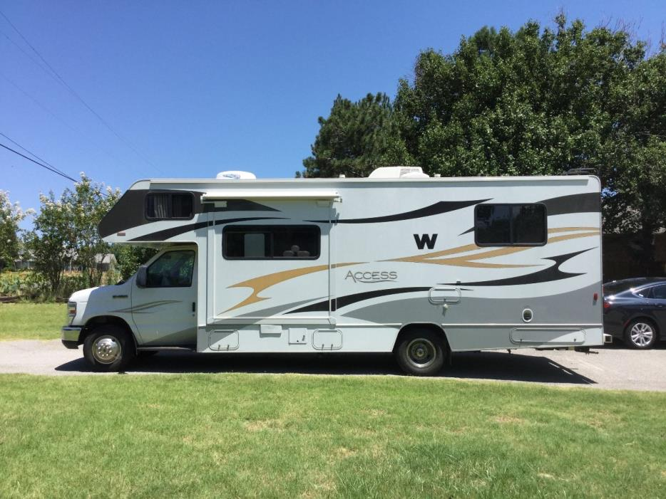 2011 Winnebago ACCESS 26Q