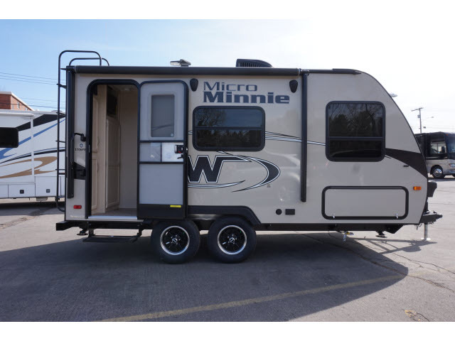 2018 Winnebago 1706fb micro-minnie, 1