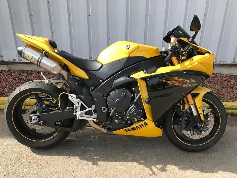 2009 Yamaha YZF-R1 Cadmium Yellow