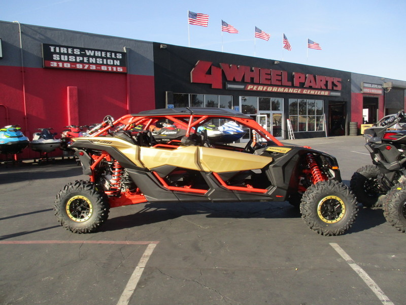 2017 Can-Am Maverick X3 MAX X rs TURBO R Gold & Can-Am Red