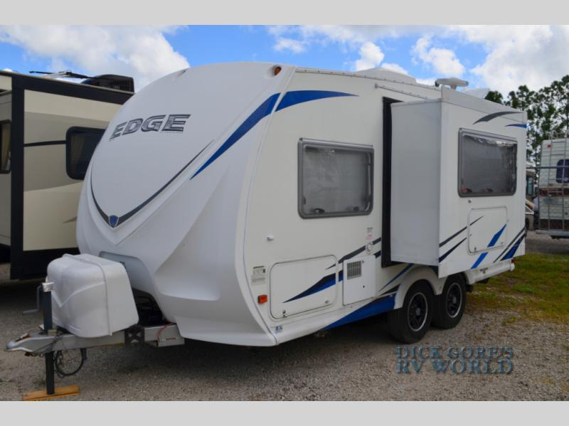 2011 Heartland Rv Edge M18