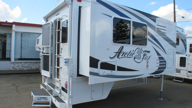 2017 Northwood Arctic Fox Campers 1150 Wet