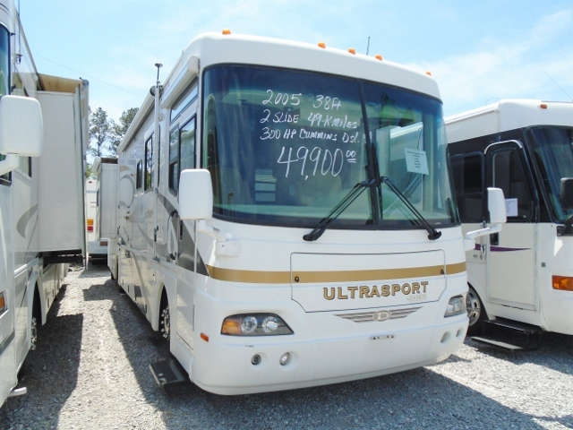 2005 Damon Ultrasport 3679LE
