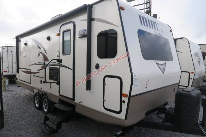 2018 Forest River Rockwood 2506S