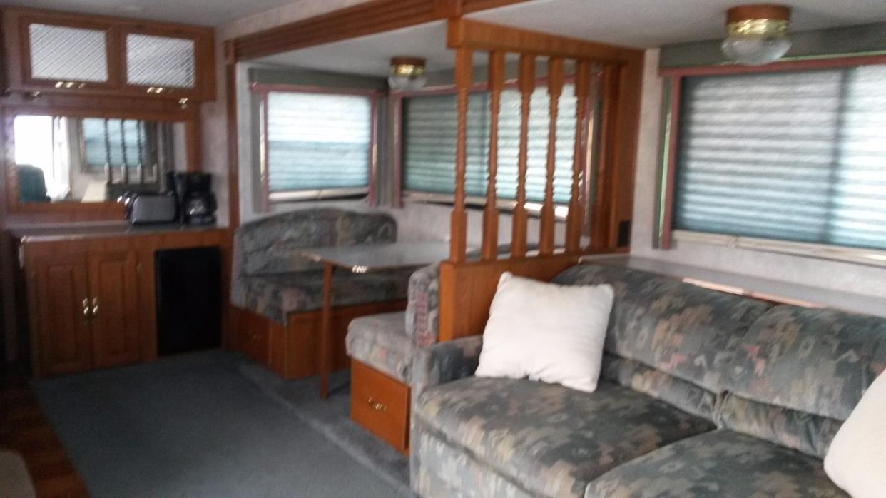 1995 Coachmen SANTARA 360MBS