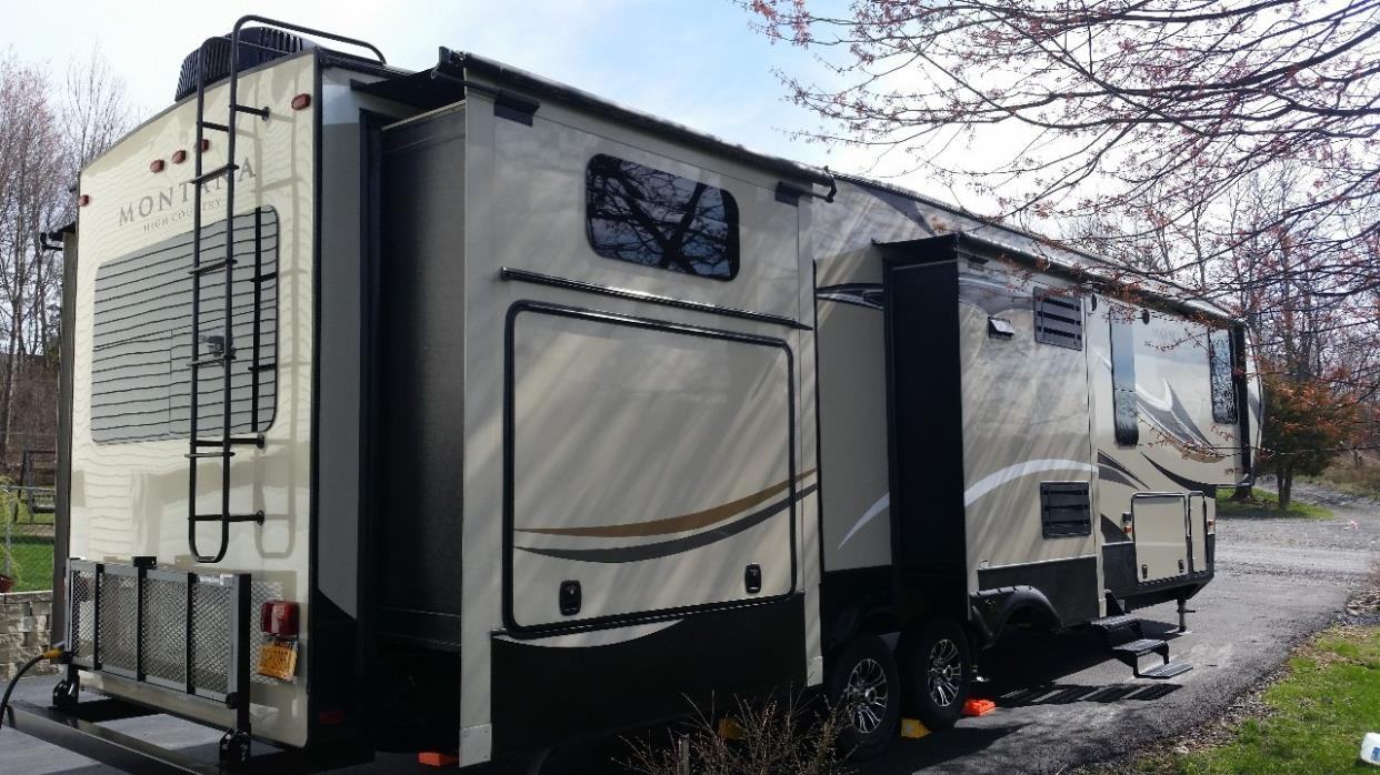 2016 Keystone MONTANA HIGH COUNTRY 356BH, 3
