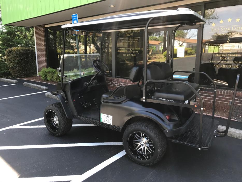 2016 E-Z-Go GOLF CART