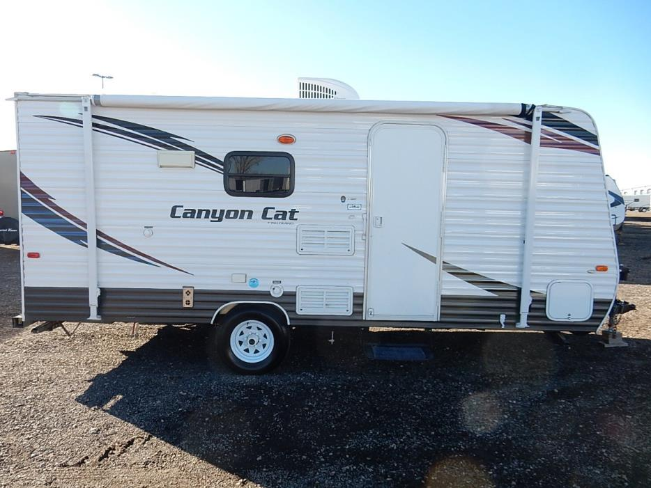 2015 Palomino Canyon Cat 17 QB, 1