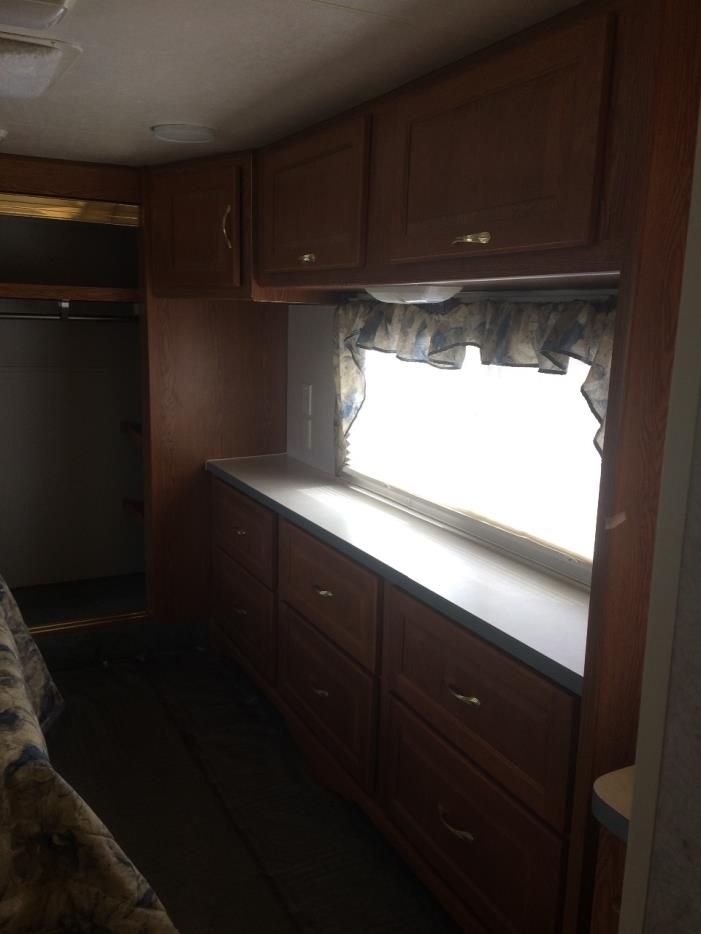 2003 Holiday Rambler ALUMASCAPE 29, 4