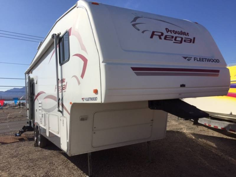 2006 Fleetwood PROWLER REGAL 290RLS