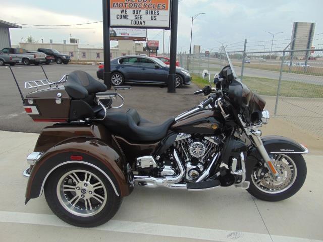2013 Harley-Davidson Tri Glide Anniversary FLHTCUTG