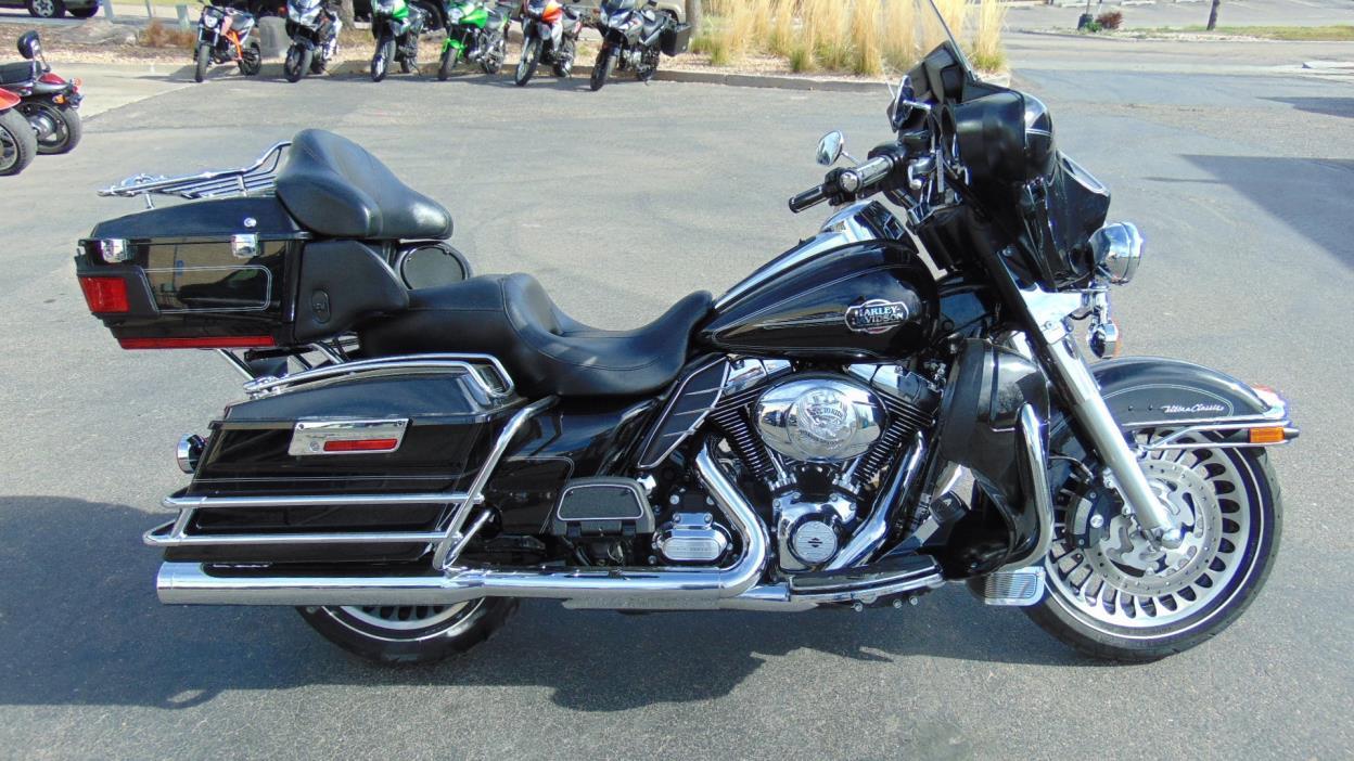 2013 Harley-Davidson FLHTCU - ELECTRA GLIDE
