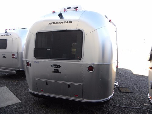 2017 Airstream 16 Sport Tan Ultra leather