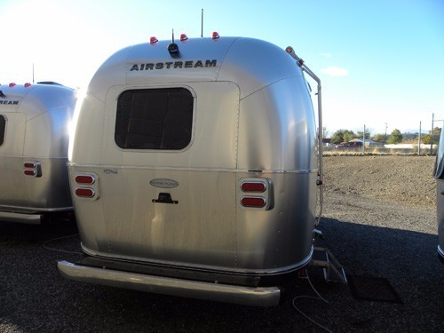 2017 Airstream 23FB Flying Cloud Landmark