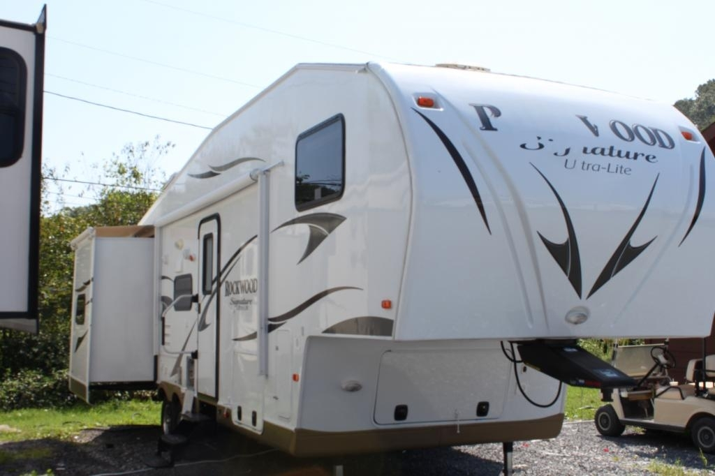 2013 Forest River ROCKWOOD SIGNATURE ULTRA 8281WS