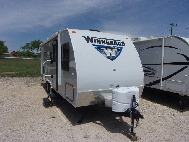 2016 Winnebago Minnie 2106FBS