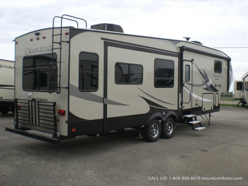 2018 Coachmen Chaparral 336TSIK, 4
