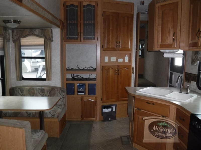 2006 Keystone Rv Mountaineer 319 BHS, 6