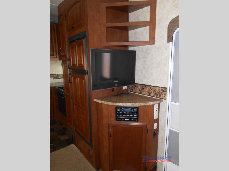 2011 Coachmen Rv Chaparral 278RLDS, 4