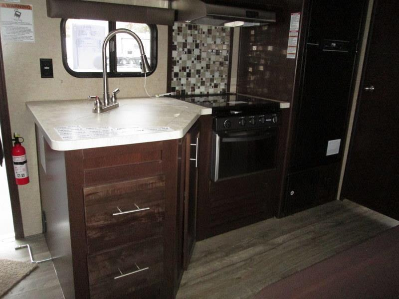 2017 Forest River Grey Wolf 27RR Slide-out Enclosed Rear Garage w/Ramp Do, 6