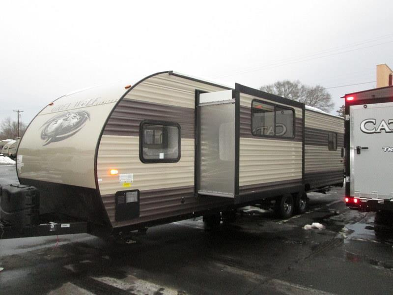 2017 Forest River Grey Wolf 27RR Slide-out Enclosed Rear Garage w/Ramp Do, 1