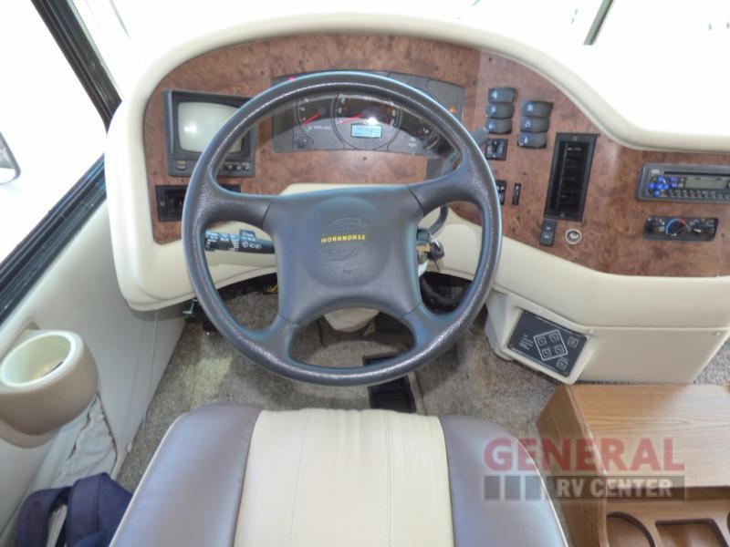 2004 Damon Challenger 353, 8