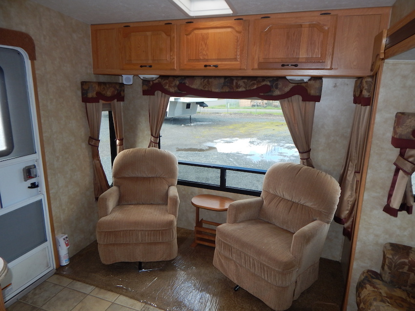 2007 Coachmen CHAPARRAL 267RLS, 8