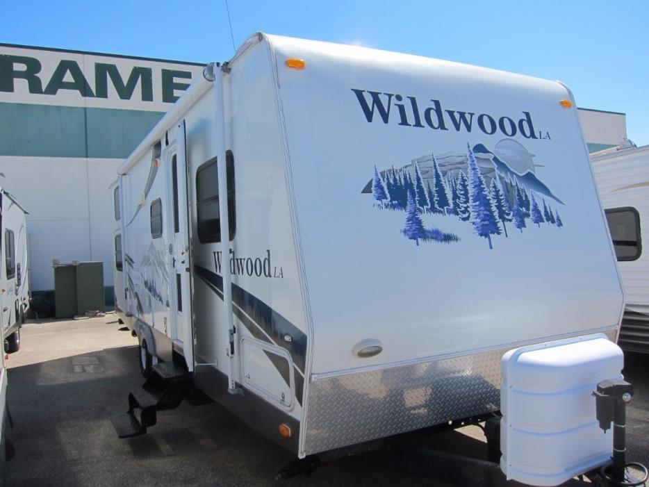 2006 Forest River Wildwood LA 272 BHSS